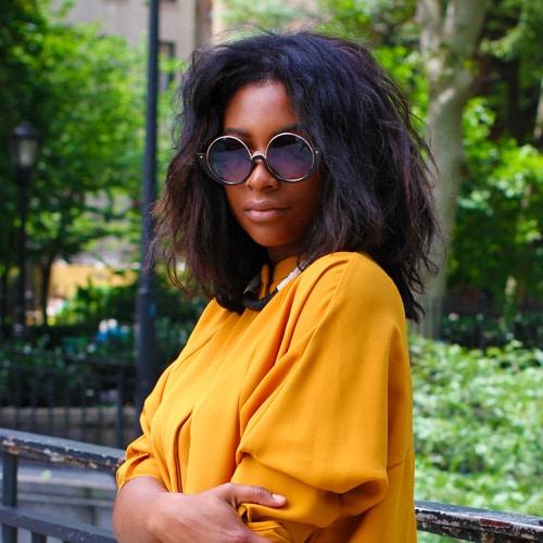 Une bloggeuse dans un parc 1