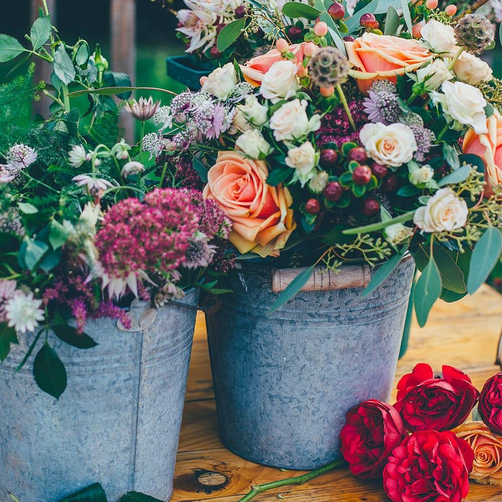 créer son propre bouquet de fleurs chez un artisan fleuriste