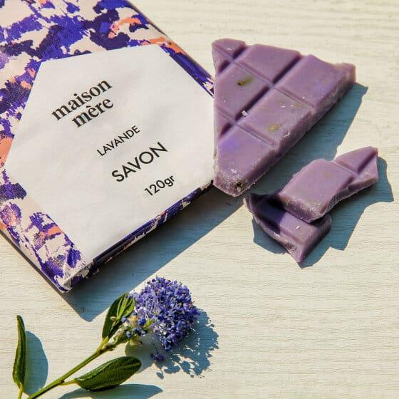 et en forme de tablettes de chocolat