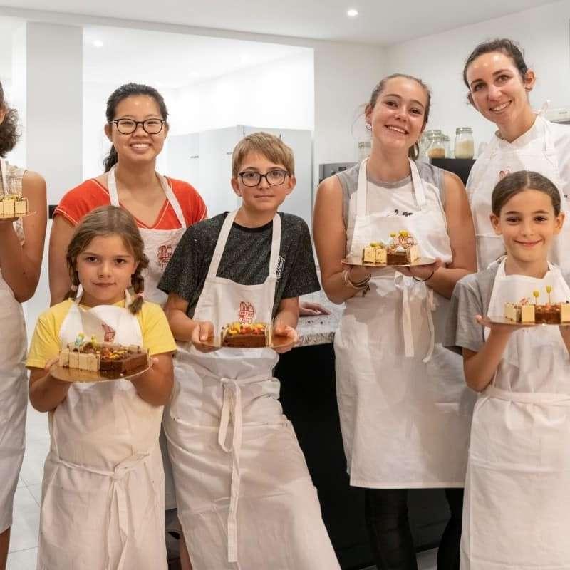 La pâtisserie à portée des petits et des grands en compagnie d'une professionnelle